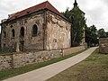 Kostel svatého Václava (Přistoupim) v pozadí zvonice.JPG