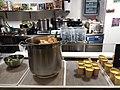 La Commune (Lyon) - Restaurant South Indian Foodie, comptoir.jpg