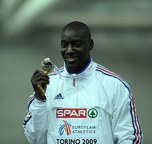 Ladji Doucouré - Doucouré with his gold medal from Turin
