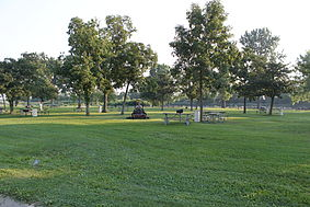 Lake erie metropark picnic area.JPG
