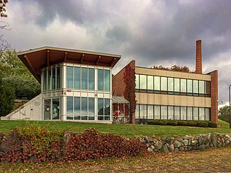 Brandeis University - Landsman Research Facility (completed 2005, dedicated 2008), home to a superconducting magnet.