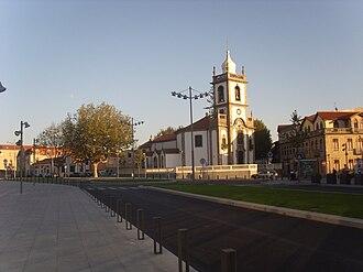 Largo das Dores - Largo das Dores Square. Senhora das Dores Church.