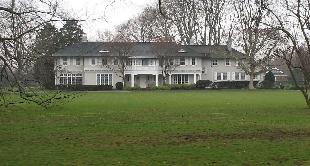 Southampton Commons Ny Homes For Sale