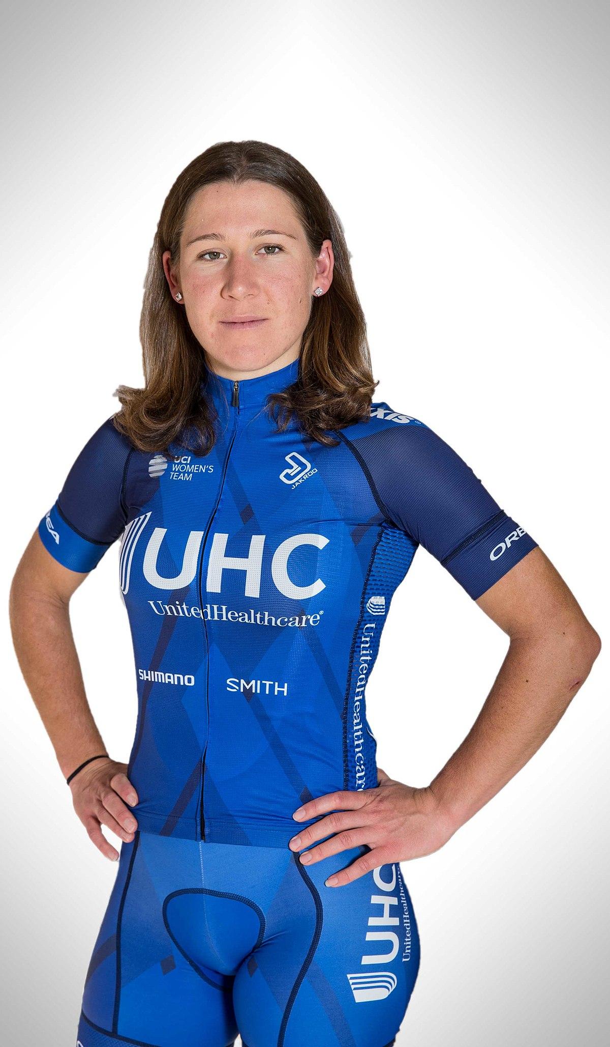 Lauretta Hanson - Wikipedia