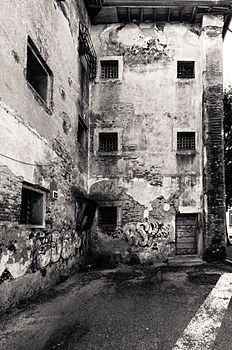 Le Vecchie Carceri Retro B N.jpg