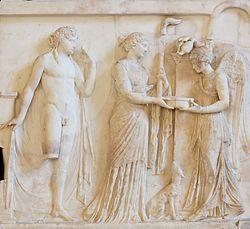 English: Victory pouring a libation to Apollo and Diana Français: La Victoire versant une libation à Apollon et Diane