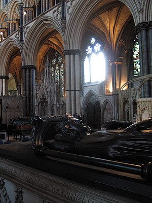 Eleanor of Castile - The tomb of her viscera at Lincoln Cathedral.
