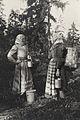 Lingonplockning. Två kvinnor med ämbar i skog. Kils härad, Ransäters socken, Värmland - Nordiska Museet - NMA.0036266.jpg
