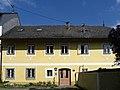 Linz-StMagdalena - Pfarrhaus.jpg