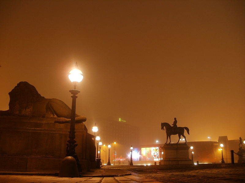 File:Liverpool Night 12 December, 2012 (4).jpg