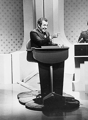 Lloyd Thaxton - Thaxton as host of the game show, Funny You Should Ask, 1968.