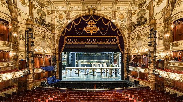 London Coliseum Auditorium 2018-09-23 2.jpg