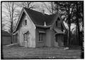MAIN AND SOUTH ELEVATIONS, VIEW FROM SOUTHEAST - Springwood, Superintendent's Cottage, Hyde Park, Dutchess County, NY HABS NY,14-HYP,5A-3.tif