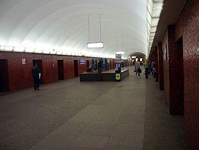 http://upload.wikimedia.org/wikipedia/commons/thumb/a/a8/M_mayakovskaya.jpg/290px-M_mayakovskaya.jpg