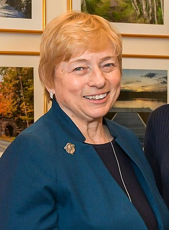 Janet Mills - Image: Maine congressional delegation meets with Gov Janet Mills (cropped)