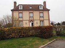 Mairie Saint-Martin-d'Ecublei.JPG