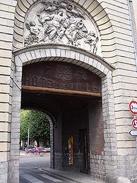 Marchiennes- hôtel de ville et Musée d'histoire locale.JPG