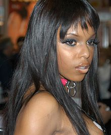 Marie Luv at 2005 AEE Friday 1.jpg