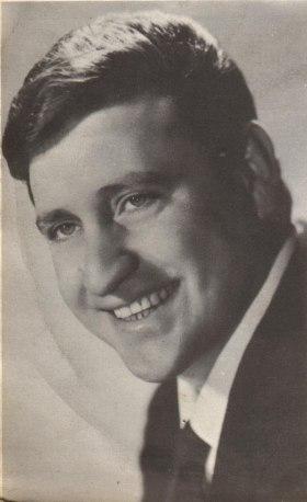 Mario Merola (1963).jpeg