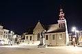 Markt met Onze-Lieve-Vrouw-Hemelvaartkerk, Egmontcrypte en Egmontstandbeeld, Zottegem, Vlaanderen, België 03.jpg