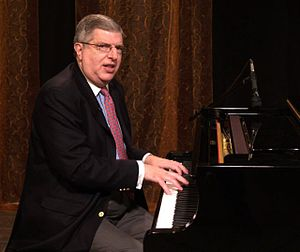 Marvin Hamlisch - Marvin Hamlisch at the piano, 2006