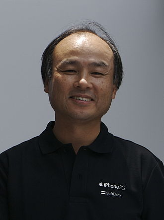 https://upload.wikimedia.org/wikipedia/commons/thumb/a/a8/Masayoshi_Son_%28%E5%AD%AB%E6%AD%A3%E7%BE%A9%29_on_July_11%2C_2008.jpg/330px-Masayoshi_Son_%28%E5%AD%AB%E6%AD%A3%E7%BE%A9%29_on_July_11%2C_2008.jpg
