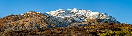 Meall nan Tarmachan - panorama with a fence, Scotland.jpg
