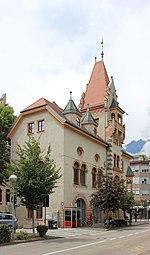 Meran Altes Rathaus Untermais Südost.jpg