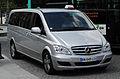 Mercedes-Benz Viano Extralang BlueEFFICIENCY Ambiente (V 639, Facelift) – Frontansicht, 15. Juli 2011, Paris.jpg