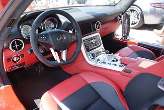 Mercedes-Benz SLS AMG - Interior
