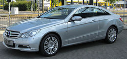 Mercedes E 350 CGI BlueEFFICIENCY Coupé (C207) front 20100704.jpg