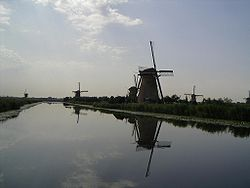 Mill Network at Kinderdijk-Elshout.jpg