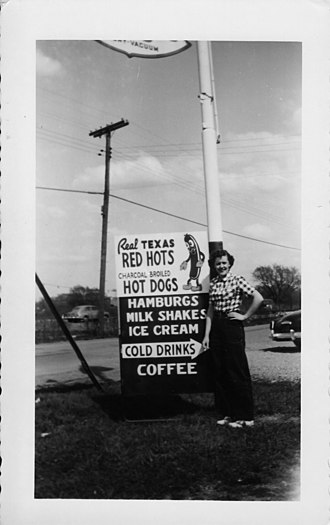 Athol Springs, New York - Image: Minerva's Red Hots 2