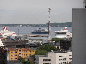 Minerva in Tallinn 31 May 2012.JPG