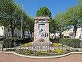 Monument aux morts Sainte-Foy-la-Grande 1.jpg