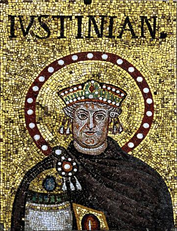 Юстиниан на мозаике в церкви Сант-Аполлинаре-Нуово (Равенна). Подлинность изображения оспаривается