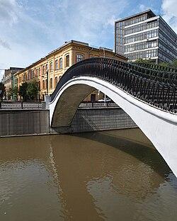 Moscow, Tamozhenny Bridge Aug 2009 02.JPG