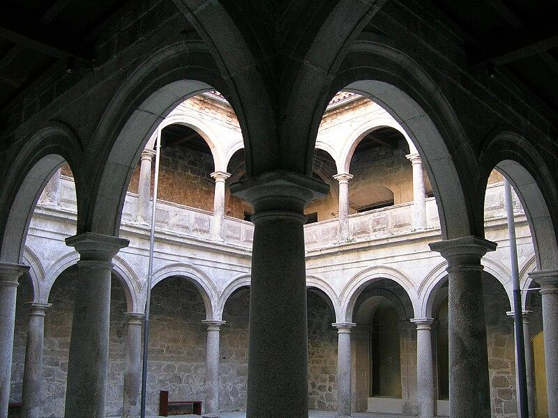 File:Mosteiro de Santo Estevo de Ribas de Sil, Nogueira de Ramuín, Galiza 9.jpg
