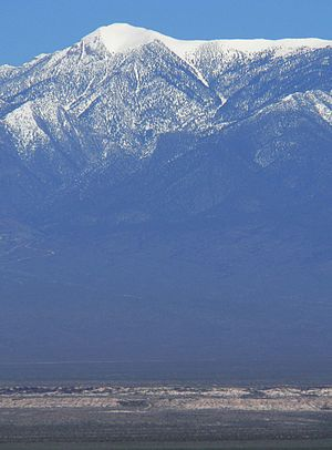 Spring Mountains - Image: Mount Charleston vertical