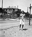 Női portré, 1942-ben a Stromfeld Aurél úton. Fortepan 57912.jpg