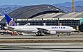 N791UA United Airlines Boeing 777-222-ER (cn 26933-93) (8233906272).jpg