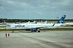 N913JB Airbus A321-231 Jet Blue (24193460025).jpg