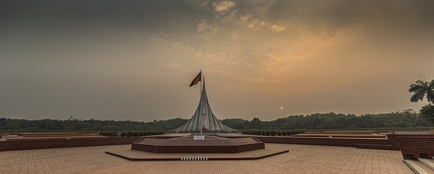 National Martyrs' Memorial 3.jpg