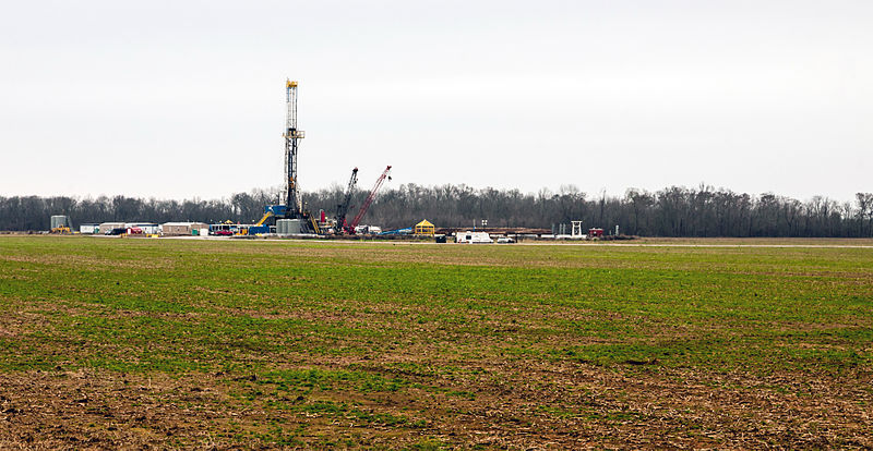 File:Natural Gas Drilling Haynesville Shale Louisiana Jan 2013.jpg