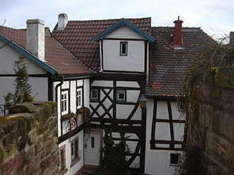 Neuleiningen - Timber-frame house at the corner of Obergasse and Mittelgasse