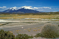 A Pomerape and Parinacota vulkán