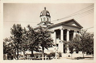 Hampshire County Courthouse (West Virginia) - Hampshire County Courthouse shortly after its construction, 1920s