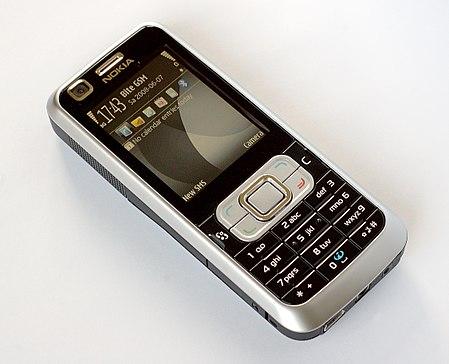 Nokia 6120 Classic alga 01.jpg