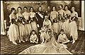 Norges Kronprinspar med brudepiker og forlover, 1929 (6958945297).jpg