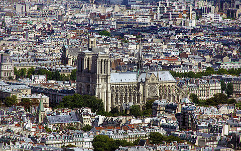 Notre dame view from Montparnasse Tower.jpg